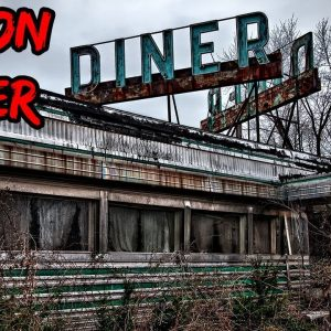 Top 10 Haunted Restaurants You Should Never Eat At